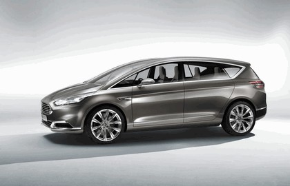 2013 Ford S-Max concept 2