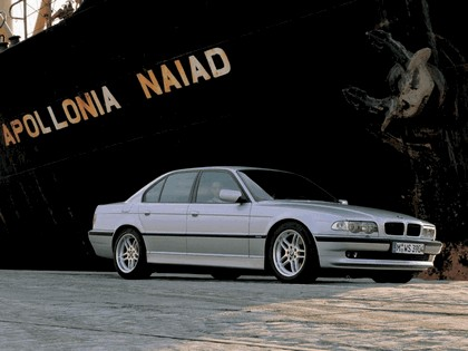 1999 BMW 740d ( E38 ) 5