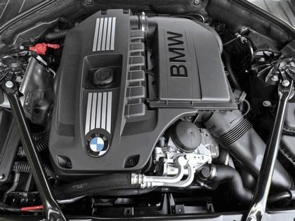 2010 BMW 740i ( F01 ) - USA version 4
