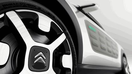 2013 Citroën Cactus concept 14