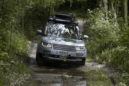 2013 Land Rover Range Rover ( L405 ) SD V6 hybrid prototype 2