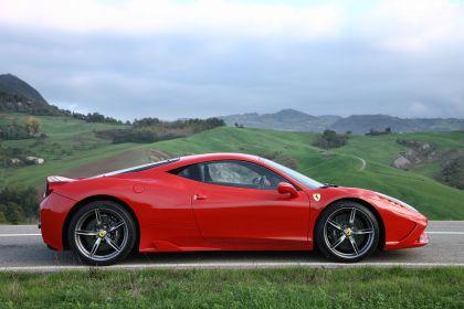 2013 Ferrari 458 Speciale 12