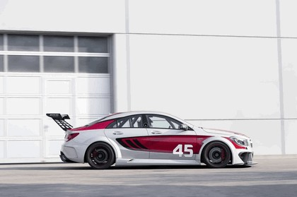2013 Mercedes-Benz CLA ( C117 ) 45 AMG Racing Series 3