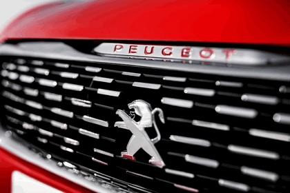 2013 Peugeot 308 R concept 7