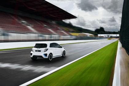 2013 Toyota Yaris Hybrid-R concept 6