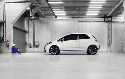 2013 Toyota Yaris Hybrid-R concept 11