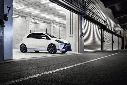 2013 Toyota Yaris Hybrid-R concept 12