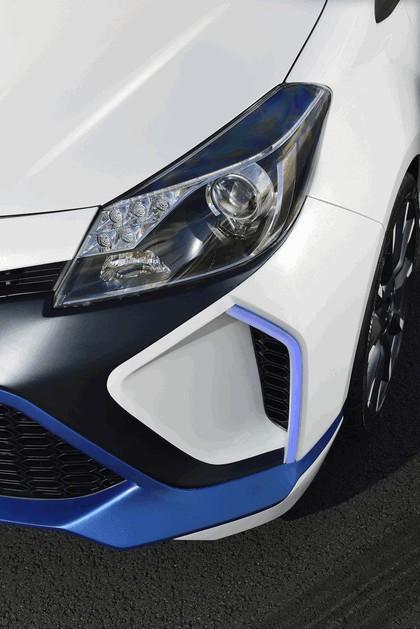 2013 Toyota Yaris Hybrid-R concept 16