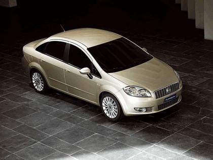 2007 Fiat Linea 4