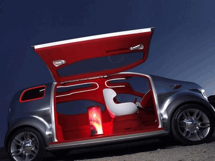 2007 Ford Airstream concept 15