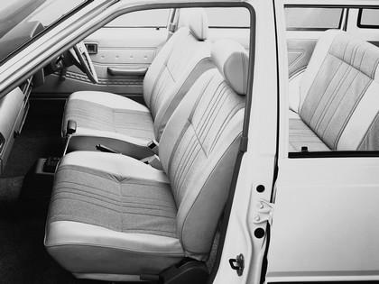 1985 Nissan Sunny ( VB11 ) Ad Van 3