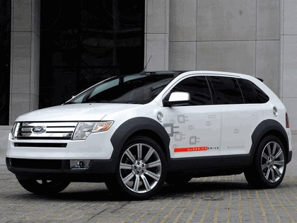 2007 Ford Edge with HySeries Drive 7