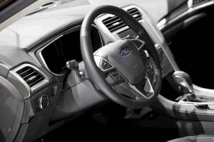 2013 Ford Mondeo Vignale concept 38