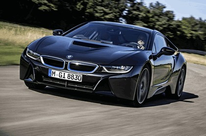 2014 BMW i8 25