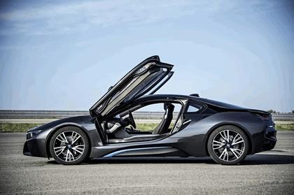 2014 BMW i8 29