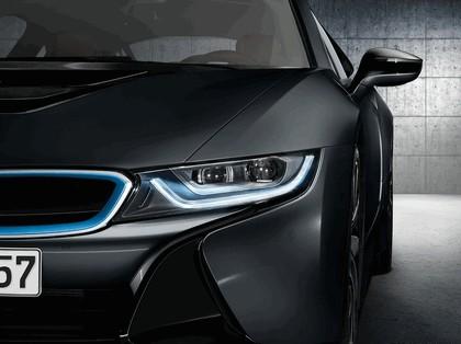 2014 BMW i8 32
