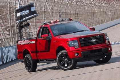 2014 Ford F-150 Tremor - Nascar Pace Truck 2