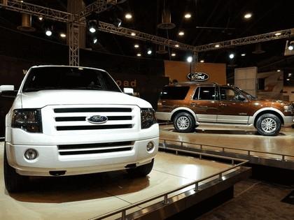 2007 Ford Expedition EL Eddie Bauer 58