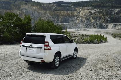 2014 Toyota Land Cruiser 23