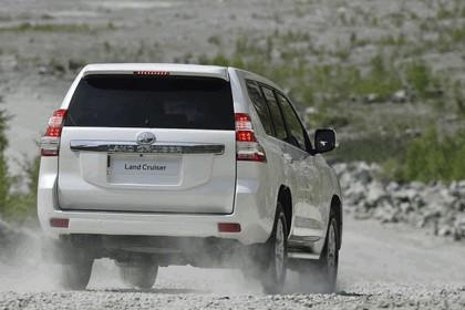 2014 Toyota Land Cruiser 24