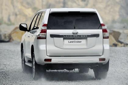 2014 Toyota Land Cruiser 27