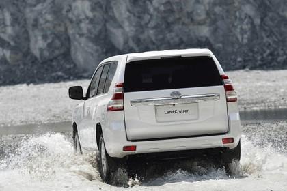 2014 Toyota Land Cruiser 33