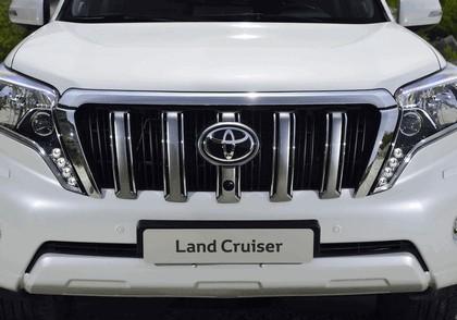 2014 Toyota Land Cruiser 46