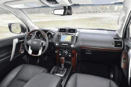 2014 Toyota Land Cruiser 65