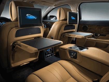 2014 Jaguar XJ 8