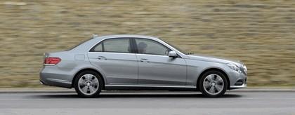 2013 Mercedes-Benz E220 CDI - UK version 9