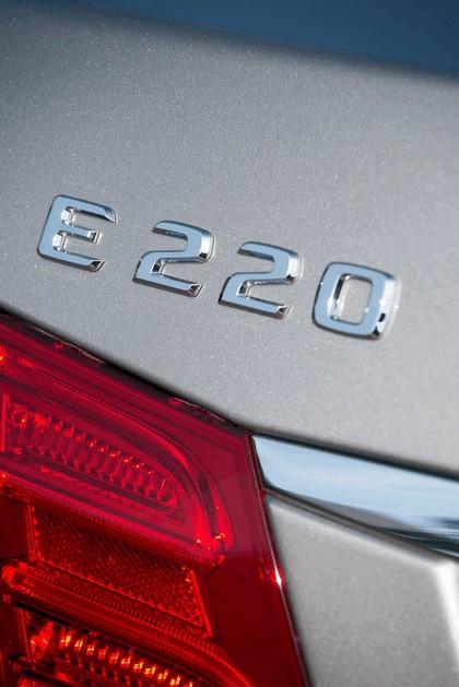 2013 Mercedes-Benz E220 CDI - UK version 31