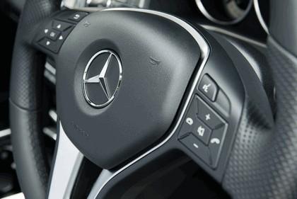 2013 Mercedes-Benz E220 CDI - UK version 41