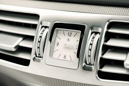 2013 Mercedes-Benz E220 CDI - UK version 49