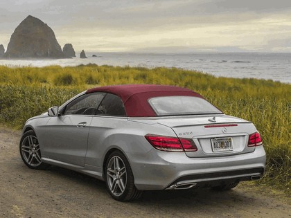 2013 Mercedes-Benz E550 ( A207  ) cabriolet AMG Sports Package - USA version 3