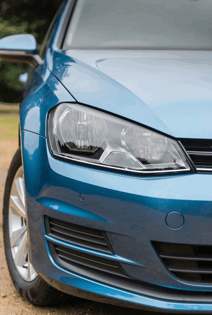 2013 Volkswagen Golf ( VII ) Estate - UK version 25