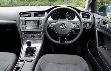 2013 Volkswagen Golf ( VII ) Estate - UK version 32
