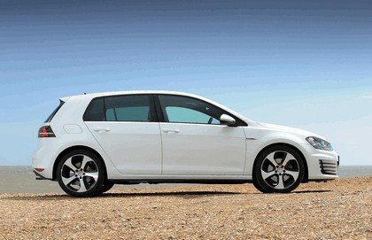 2013 Volkswagen Golf ( VII ) GTI 5-door - UK version 3