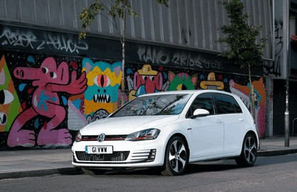 2013 Volkswagen Golf ( VII ) GTI 5-door - UK version 12