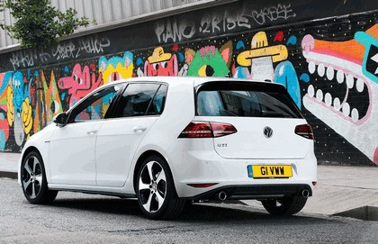2013 Volkswagen Golf ( VII ) GTI 5-door - UK version 15