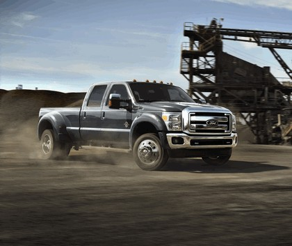 2014 Ford F-450 Super Duty 3