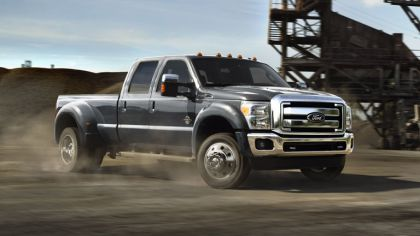 2014 Ford F-450 Super Duty 4