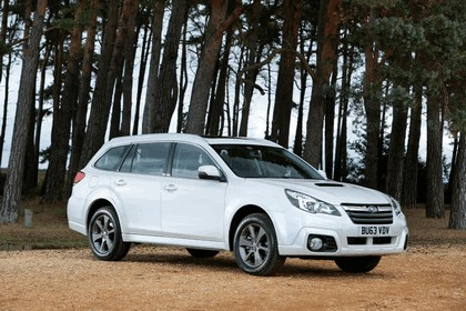 2013 Subaru Outback 2.0D SZ Lineartronic - UK version 3
