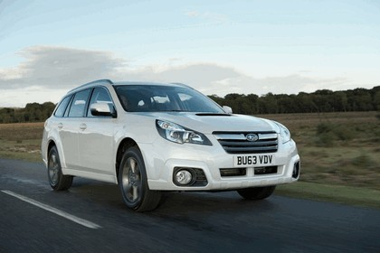 2013 Subaru Outback 2.0D SZ Lineartronic - UK version 8