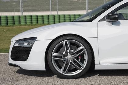 2014 Audi R8 V8 6