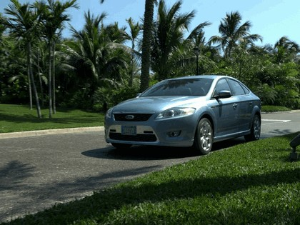 2007 Ford Mondeo in James Bond 007 - Casino Royale 7