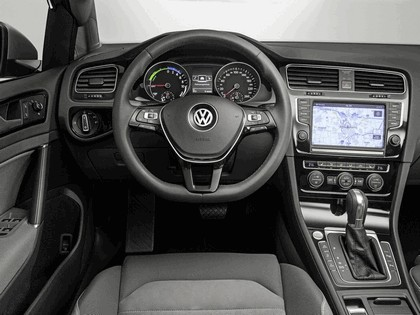 2013 Volkswagen Golf BlueMotion TwinDrive concept 3