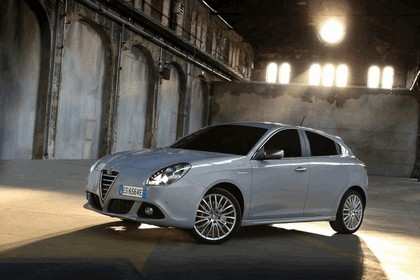 2014 Alfa Romeo Giulietta 7