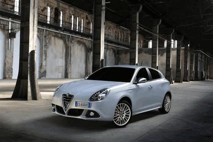 2014 Alfa Romeo Giulietta 10