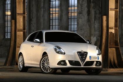 2014 Alfa Romeo Giulietta 13