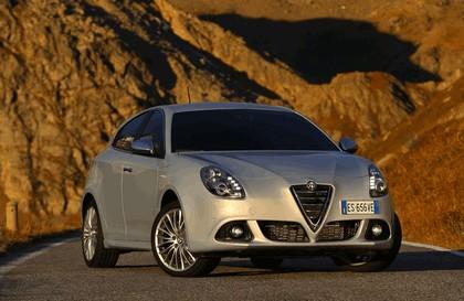 2014 Alfa Romeo Giulietta 16